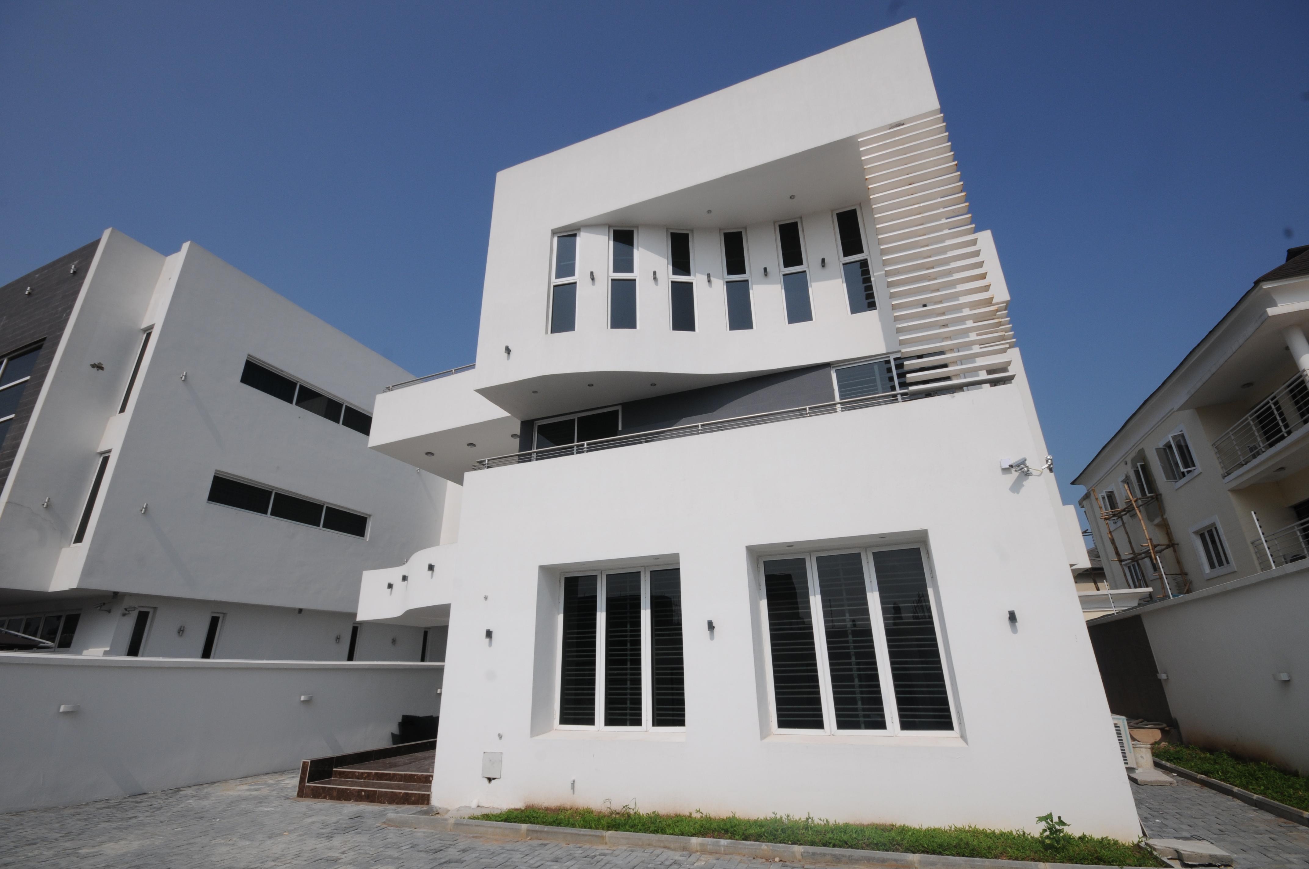 B3 House 2